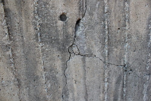 cracks in foundation